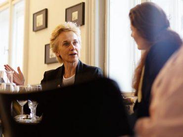 Podiumsdiskussion mit Frau Prof. Dr. Felicitas Thun-Hohenstein